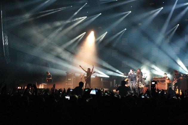 Как сообщалось ранее, группа уже отменила концерт в берлине (4 марта)