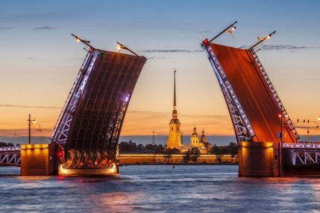 Вчесть 100-летия Дворцового моста петербуржцев ожидают особые акции