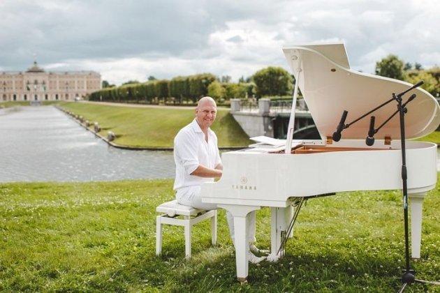 В северной столице Пётр Андреев отыграет музыкальный марафон длиной в24 часа