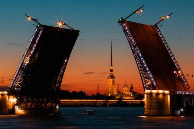 Дворцовый мост вПетербурге спятницы будут разводить под музыку