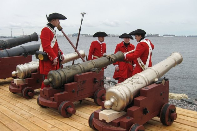 пушки на кораблях и лодках